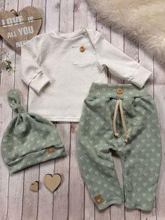 Best Indoor Garden Ideas for 2020 - Modern Baby Outfits Newborn, Baby Boy Outfits, Kids Outfits, Baby Boy Fashion, Fashion Kids, Fashion Clothes, Vêtements Goth Pastel, Vêtement Harris Tweed, Baby Pants