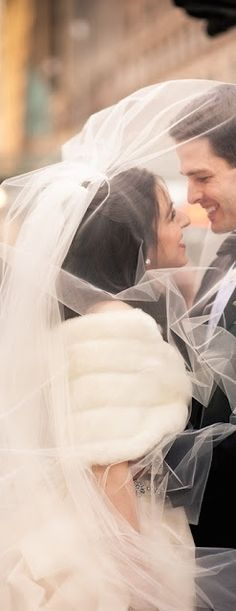 Watched the video (Magic Flute Videos) of this NYC Wedding ~ the couple seems to have had lots of fun with the veil;) We LOVE a great veil photo! Photography by Ideas Wedding Photos Perfect Wedding, Dream Wedding, Wedding Day, French Wedding, Wedding Album, Wedding Anniversary, Wedding Bride, Anniversary Gifts, Destination Wedding