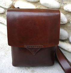 LEATHER HANDMADE BAG / Briefcase / Leather Messenger by PACOSASTRE