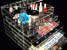 Acrylic make up kit