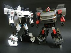 Transformers Alternators Meister (Jazz) and Binaltech Asterisk BTA-03 Broadblast (Blaster)