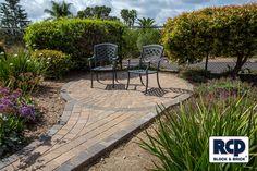 The Bella Vista Antique Cobble Concrete Pavers have a classic pillowed top. The Antique Concrete Pavers are ideal for patios, walkways, or driveways.