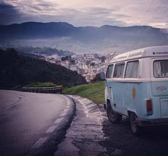 Liked on InstaGram: #lakombicholulteca llegando a #pasto en pleno #amanecer y con un #frío hermoso y tremendo #dawn #colombia #kombilife #kombilovers #vwkombi #vanlife @vanlifers #vanlifers #vwvan #travel #traveling #instatravel #trip #roadtrip #vwtrip