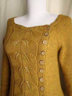 There's a link to ravelry free cardigan pattern. Crochet Cardigan Pattern, Sweater Knitting Patterns, Lace Knitting, Knit Patterns, Knit Crochet, Knit Sweaters, Crochet Granny, Stitch Patterns, Mantel