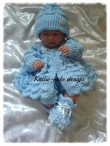 Knitting patterns for baby shawls and blanket - Modern