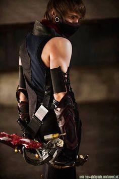 Thief (Guild Wars 2) Cosplayer: Cloak & Dagger Cosplay
