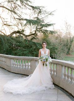 Paris elopement & wedding venue Chateau Bouffemont Paris Elopement, Elopement Wedding, Elope Wedding, Wedding Venues, Wedding Dresses, Wedding Photoshoot, Inspiration, Fashion, Red