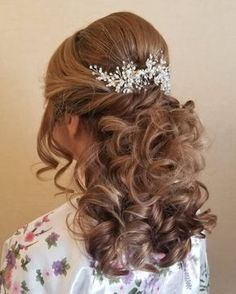 Mother Of The Groom Hairstyles, Mother Of The Bride Hairdos, Mother Bride, Wedding Hair Half, Bridal Hair, Wedding Nails, Short Hair With Bangs, Hairstyles With Bangs, Haircuts