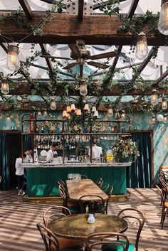 Bar Restaurant Design, Deco Restaurant, Bohemian Restaurant, Bohemian Cafe, Eclectic Restaurant, White Restaurant, Restaurant Wedding, Coffee Shop Design, Cafe Design