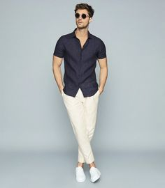 Stylish Mens Outfits, Casual Summer Outfits, Smart Casual Men, Outfits Hombre, Slim Fit, Workout Shirts, Fashion Outfits, Fashion Blogs, Dope Fashion