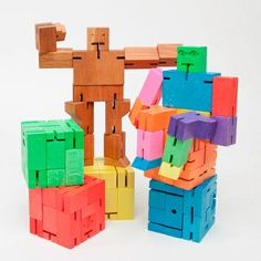 Robot toys are usually made of plastic and require batteries - but not this one! Inspired by the Japanese Shinto Kumi-ki puzzles, the Cubebot is a non-traditional take on the toy robot by joining ancient Japanese traditions with contemporary toy culture.