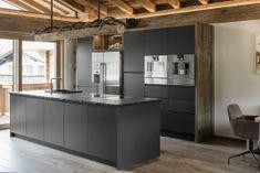 Küchen Design, Villa, Interior Design Inspiration, Gabriel, Kitchen Island, House Ideas, Home Decor, Modern Interior Decorating, Tree Houses
