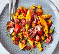 Contains pork – recipe is for non-Muslims only Quality produce makes this dish, Charentais melon, heirloom tomatoes and salty prosciutto marry beautifully. Ideal as a sharing platter starter for a summer dinner party Dinner Party Starters, Dinner Party Menu, Dinner Party Recipes, Appetizer Recipes, Pork Recipes, Salad Recipes, Cooking Recipes, Healthy Recipes, Lunch Recipes