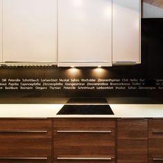 """Küchenrückwand aus Glas mit Designmotiv """"GRAPHIC"""" und Abdeckung aus kratzresistentem Sicherheitsglas"""