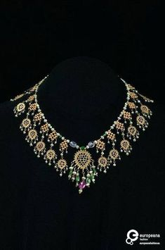 Djandarkhāl, gold filigree necklace, Bukharan, 20th century. Courtesy Israel Museum, Jerusalem, all rights reserved.