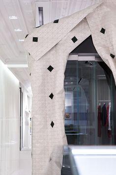 Maison Margiela Milan #materials #freeform #organic #parametric #wood #flexible #design #innovation #digital #architecture #cladding #startup #milan