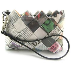 Newspaper Craft. Woven coin purse. ChicRecycled Fashion. #Innovative