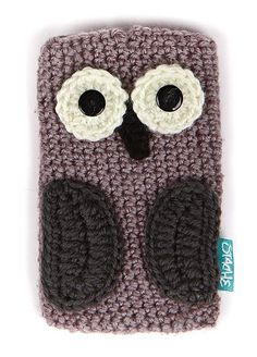 Knit Owl Phone Case. I wish this was a pattern! Maybe I could figure it out?