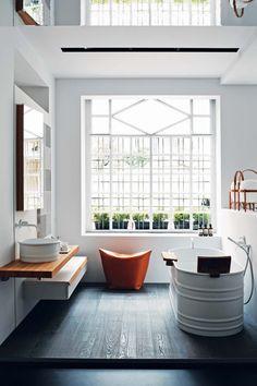 Ambiance industrielle pour cette salle de bain Agape