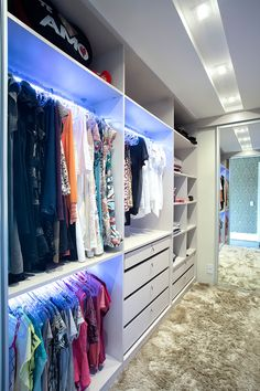 58 ideas small master closet layout walk in Master Closet Layout, Small Master Closet, Master Closet Design, Walk In Closet Design, Master Bedroom Closet, Small Closets, Bathroom Closet, Closet Designs, Closet Walk-in