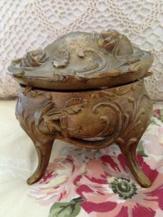 Antique Art Nouveau Cast Floral roses Gold tone Jewelry Box on Legs Antique Pottery, Antique Art, Art Nouveau, French Country Interiors, Yard Sale Finds, Old World Charm, Muted Colors, Jewelry Box, Vintage Items