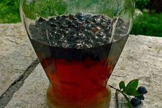 Γλυκόπικρο και μυρωδάτο λικέρ Μυρτιά | Κουζίνα | Bostanistas.gr : Ιστορίες για να τρεφόμαστε διαφορετικά Γλυκόπικρο και μυρωδάτο λικέρ Μυρτιά Greek Desserts, Greek Recipes, Liquor, Wine Glass, Alcoholic Drinks, Food And Drink, Homemade, Baking, Tableware