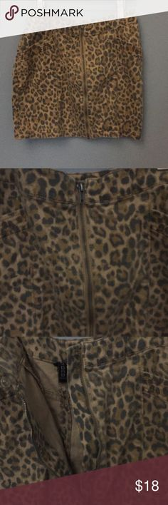 H&M Divided Leopard Skirt H&M Divided Leopard Skirt. Great condition. H&M Skirts