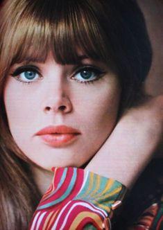 """fawnvelveteen: """" Britt Ekland, Marie Claire (France) April 1967 """" in 2020 1960s Makeup, Retro Makeup, Vintage Makeup, Vintage Beauty, Sixties Makeup, 60s Fashion Trends, Marie Claire France, Britt Ekland, 1960s Hair"""