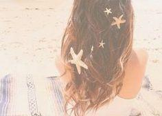 貝がらで作ったシェル冠がビーチウェディングにぴったり! | marry[マリー]
