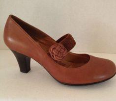 Sofft Shoes Womens Size 8.5 M Heels Pumps Brown Sz 8.5M Leather Elastic Strap