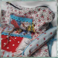 FREAKSEWING BAG MOCHILA Gypsy Love Conjunto de Mochila y bolsitos Bolso tipo mochila en doble tela y reversible. Bolsillo exterior e interior. Asa de algodón o de piel.  Bordados adornos y apliques con técnica FS  Producto exclusivo. Hecho a mano. Se hace por encargo. Contácteme.  Sold out. Agotado.