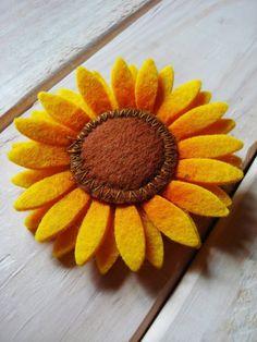 Sunflower brooch #teampinterest