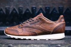 Reebok Classic Leather Lux Brogue Pack 3