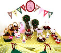Snow White Inspired Birthday Party Ideas & Printables | Party Ideas | Party…