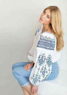 ♥ , Ukraine , from Iryna Folk Embroidery, Embroidery Fashion, Vintage Embroidery, Embroidery Dress, Embroidery Patterns, Folk Fashion, Ethnic Fashion, Womens Fashion, Embroidered Clothes
