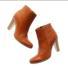 """Madewell Almanac Cracked Clay boots Madewell Almanac cracked clay booties.  Brand new in box.  3 1/2"""" heels.  Made in Italy. Madewell Shoes Ankle Boots & Booties"""