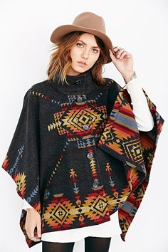 Pendelton Chaparral Reversible Poncho - Urban Outfitters