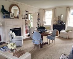 One of my favorite Instagram accounts belongs to Sarah Bartholomew Designs , an incredibly chic and talented interior designer based in Nash...