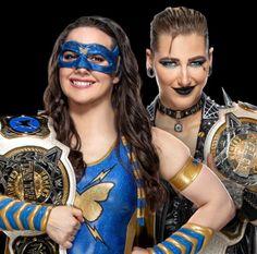 Season Premiere, Wwe Wrestlers, Wwe Divas, Matching Games, Superstar, Champion, Halloween Face Makeup, Wonder Woman, Photoshoot