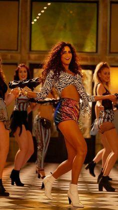 Disha Patani Looking Stunning in this Photos Katrina Kaif Bikini, Katrina Kaif Hot Pics, Katrina Kaif Photo, Bollywood Girls, Bollywood Actors, Bollywood Celebrities, Bollywood Fashion, Hot Actresses, Beautiful Actresses