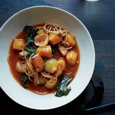 Winter Red Kuri Squash Soup with Kale and Fideos / Angel Hiar Pasta / Noodles -- Michael Solomonov Okra Gumbo, Seafood Gumbo, Wine Recipes, Soup Recipes, Winter Squash Soup, No Waste, Kale Soup, Healthy Soup, Healthy Eating