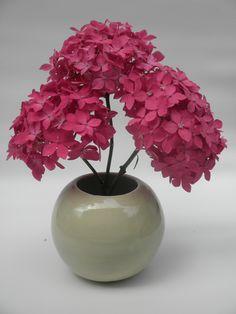 Sphere vase with crackle glaze