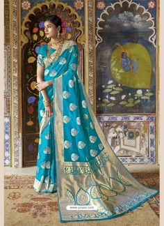 Elegance and honorable come together in this Sky Color Pure Weaving Silk Traditional Saree Blouse. the ethnic minakari handloom weaving silk work with a at Brocade Saree, Kota Silk Saree, Banarasi Sarees, Pure Silk Sarees, Net Saree, Traditional Sarees, Bollywood Saree, Indian Ethnic Wear, Indian Style