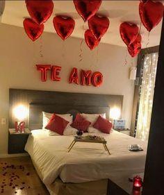 Valentine's Home Decoration, Romantic Room Decoration, Romantic Bedroom Decor, Wedding Bedroom, Valentines Gifts For Boyfriend, Valentines Diy, Valentines Surprise For Him, Birthday Surprise Ideas, Surprise Boyfriend