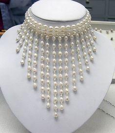 ATTRACTIVE White Cultured Pearl Necklace