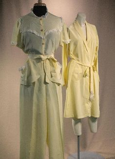 Vintage 1930s  40s LUXE LOUNGE Buttercup by VoilaVintageClothing, $104.00