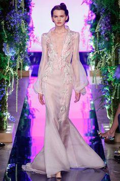 Guo Pei Fall 2017 Couture Collection Photos - Vogue#rexfabrics#purveyoroffinefabrics#cometousforfashion#passionforfabrics