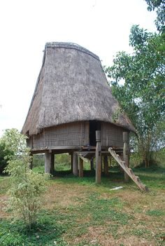 Nhà sàn Tây nguyên - Pleiku, Vietnam.