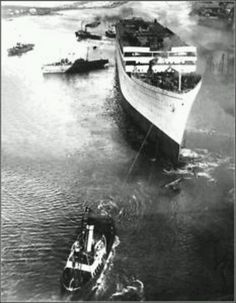 RMS Olympic being launched in 1911.