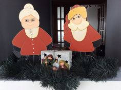 Papai Noel e vovó pintados em MDF